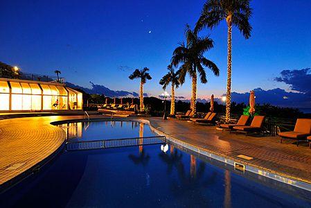 沖縄かりゆしビーチリゾート・オーシャンスパ 屋外プール