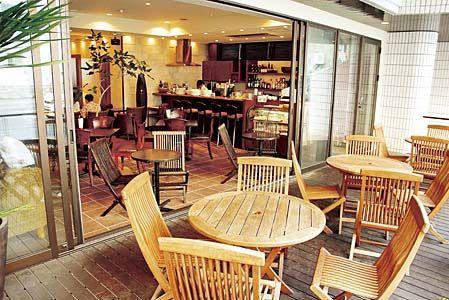 琉球サンロイヤルホテル マゼランカフェ&バー