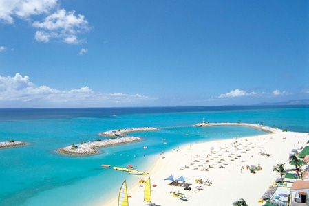 シェラトン沖縄サンマリーナリゾートビーチ