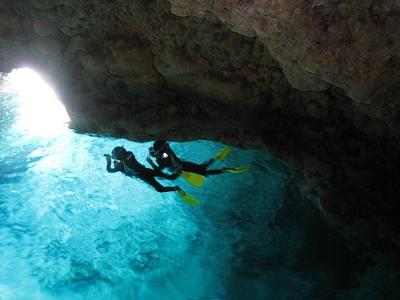 青の洞窟ビーチシュノーケリング