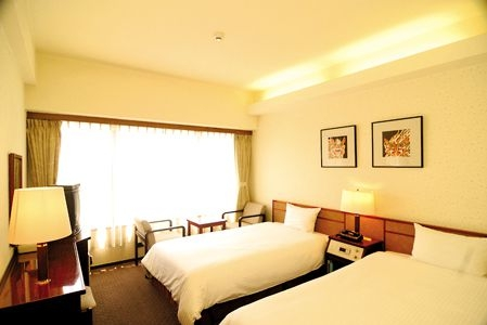 琉球サンロイヤルホテル 客室例