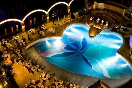 ロワジールホテル那覇 野外プール